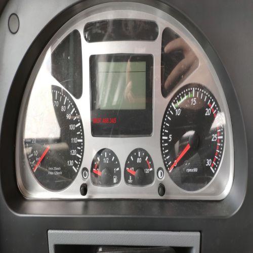 Đồng hồ taplo xe Hongyan